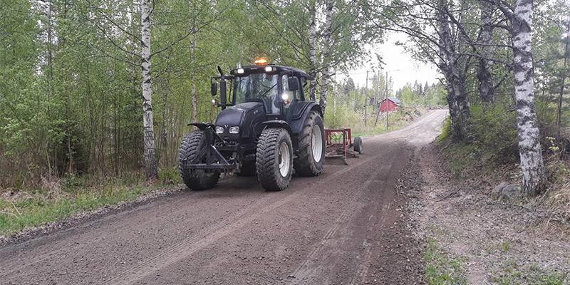 Konepalvelu Kalle Tammivuori Ky | Muurame, Jyväskylä | Maanrakennus